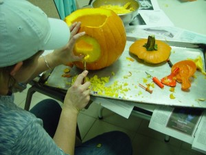 pumpkincarving-094